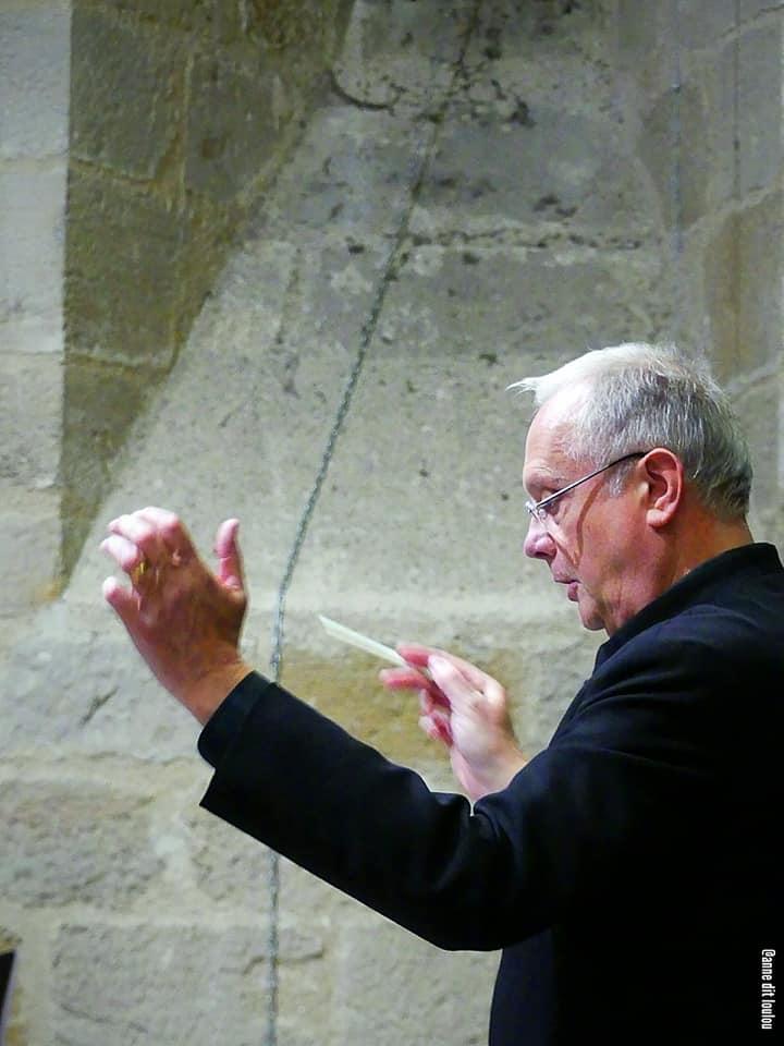 Chef d'orchestre et de choeur Peter Nowfël